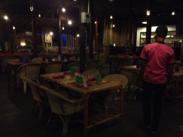 Recommended restaurant- building made of bamboo.