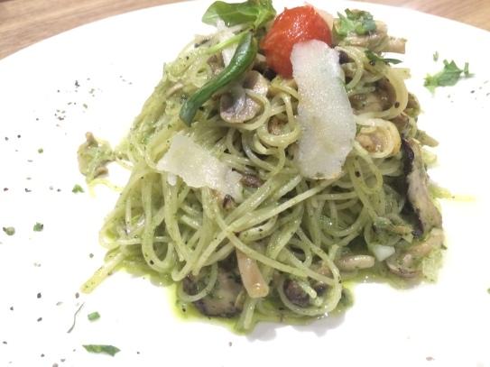 Interesting mushroom pesto pasta...
