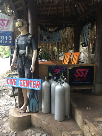 Visiting dive center quickly